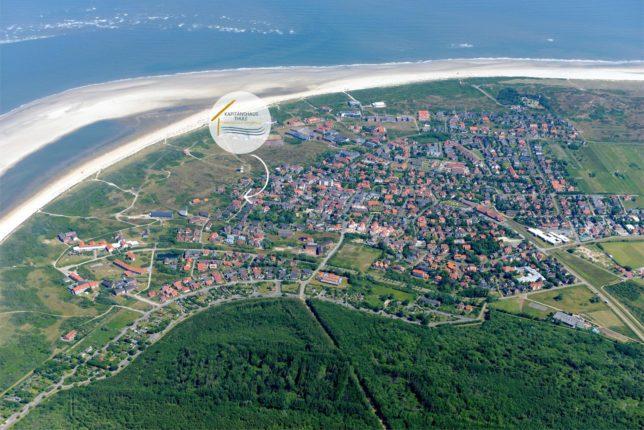 Luftaufnahme von Horumersiel mit Markierung auf dem Horumer Sielhaus