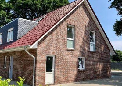 Sechs Doppelhaushälften in Ekern